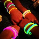 Fiestas luminosas con productos fluor y neon