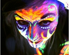 Maquillaje Brilla Oscuridad